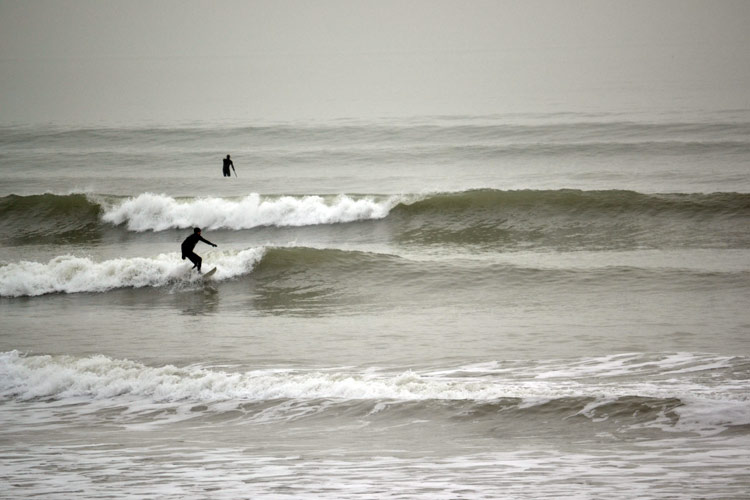 Bracklesham Surfing