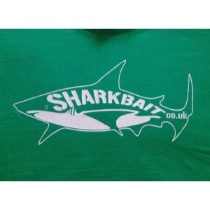 Shark Print - Green / white